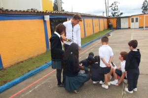 Colegio que promueve el cooperativismo
