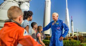 Colegio GCL astronauta